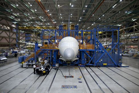 Air India Plans to Seek $840 Million for Boeing Delay